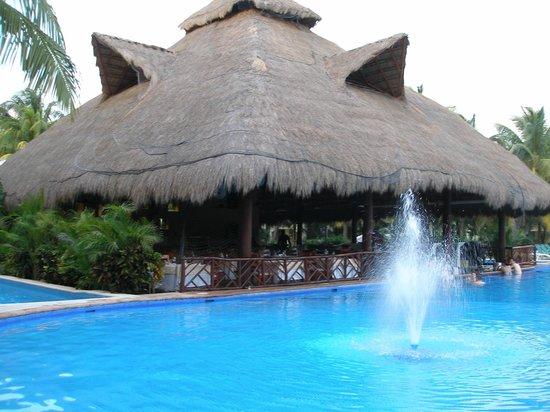 El Dorado Casitas Royale, by Karisma : One of the many pools