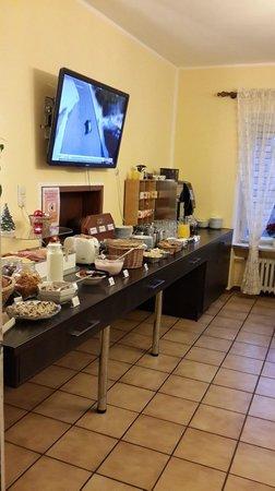 Hostel 2962 : Breakfast area