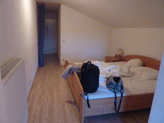 Hostel 2962: room 1
