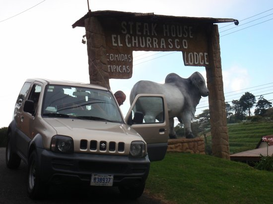 El Churrasco Hotel Restaurante: Gotta have a picture of the bull!