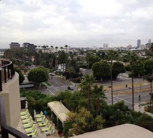 Four Seasons Hotel Los Angeles at Beverly Hills : Vista da varanda