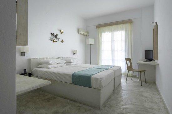 Hotel 28 bewertungen fotos preisvergleich kamari for Zimmer 94 prozent