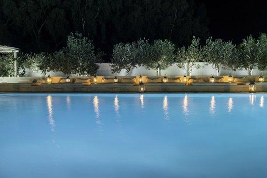 Hotel 28: Pool at night