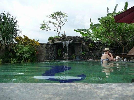 Pondok Bali Beach Front: pool