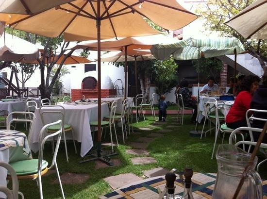 El Huerto: lovelygarden setting