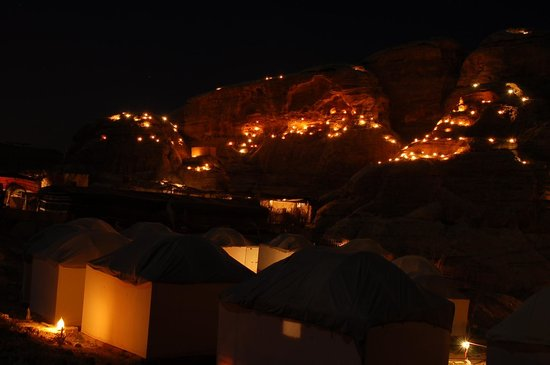 Seven Wonders Bedouin Camp: View at night