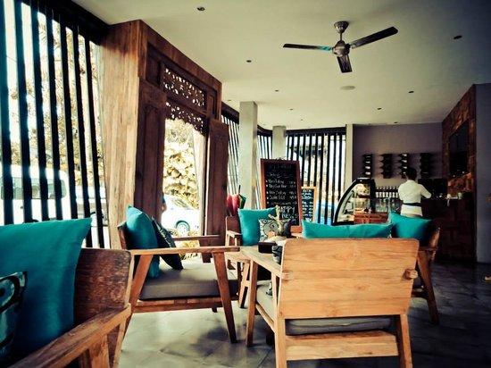 Sri Ratih Cafe & Jewelry: restaurant view