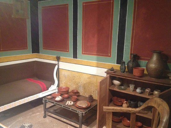 Museum of London: Reconstruction of Roman room