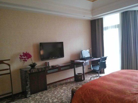 Ying Hotel: room