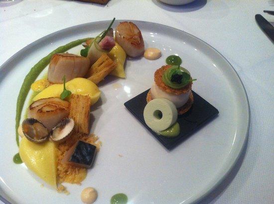 Het Gebaar : Coquilles met kokkels en bereiding van paling