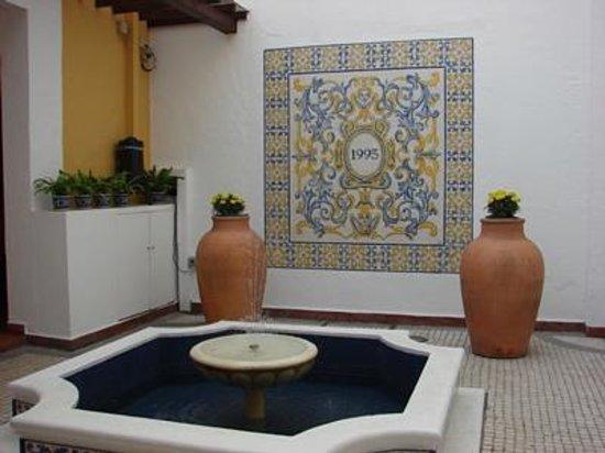 Pousada de Mong-Ha : One of the cute patios
