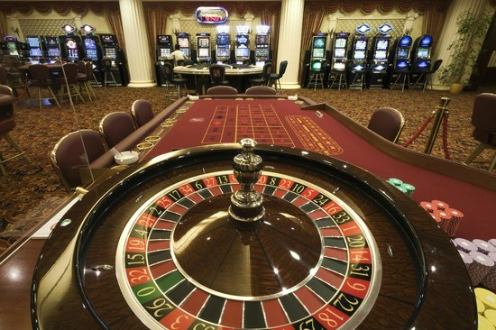 Carlsbad Plaza Medical Spa & Wellness Hotel : Casino
