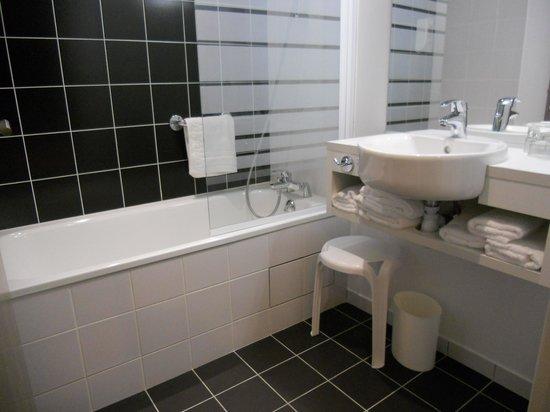 Panorama Hotel : バスルーム