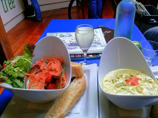 """Olive Tree Cafe : The food was good, pity about """"The System"""""""