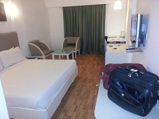 The Central Court Hotel: Room1