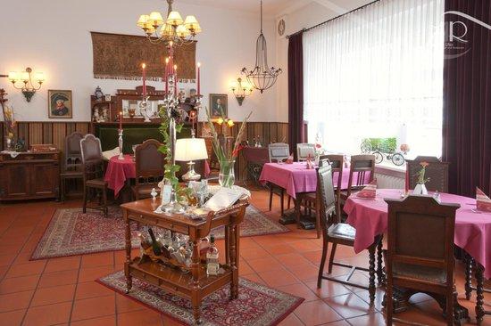 """Hotel & Restaurant Am Alten Rhin : Restaurant © Hotel & Restaurant """"Am Alten Rhin"""""""