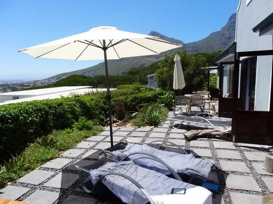 Cape Paradise Lodge and Apartments: Die Terrasse der zwei neuen Appartments