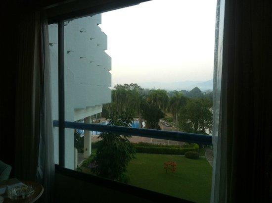 Dusit Island Resort Chiang Rai: Estupendas las instalaciones exteriores