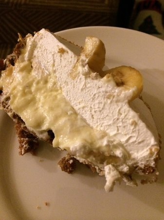 Leoda's Kitchen and Pie Shop: Inside the banana cream pie