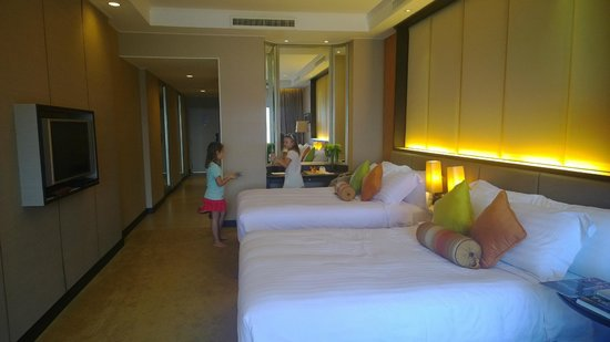 Dusit Thani Pattaya: Grand Club room