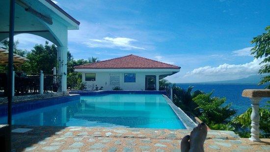 Eden Resort : Klein, aber fein: der Infinity-Pool