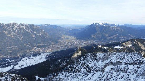 Garmisch-Partenkirchen Ski Resort : Гармиш-Партенкирхен