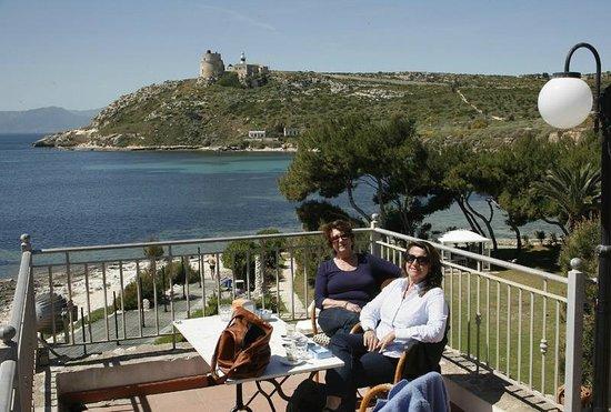 Bar Le Terrazze - Picture of Hotel Ristorante Calamosca, Cagliari ...