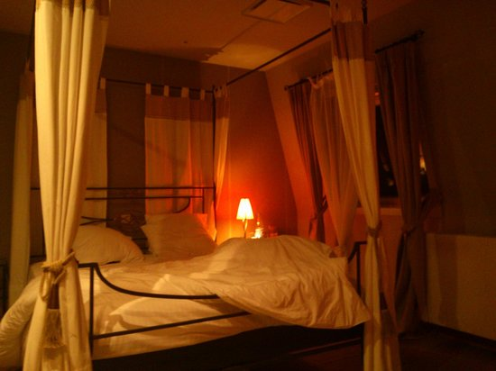 Villa des Raisins: Nuits Saint Georges -bedroom