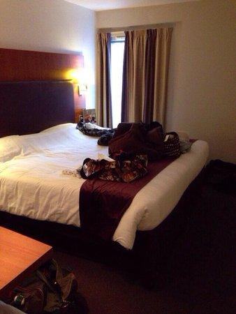 Premier Inn London Kings Cross Hotel: ベッド