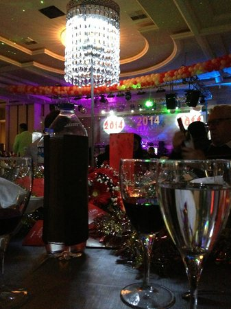 Titanic Deluxe : New Year's Eve 2014 Gala Dinner