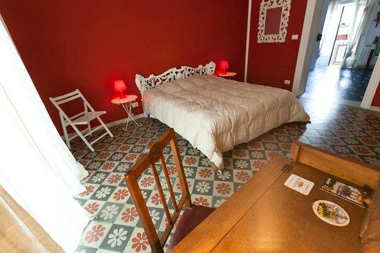 La Fuitina: Red Room