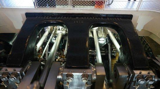 CGN : Двигатели теплохода