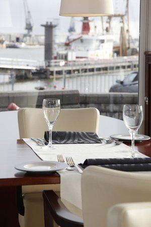 Hotel de Boegschroef: Lunchen met uitzicht op de haven