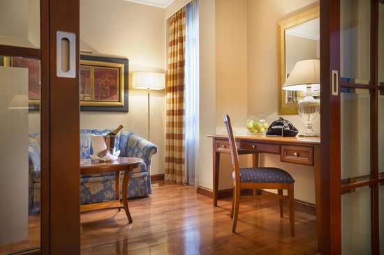 Best Western Premier Hotel Astoria: Suite
