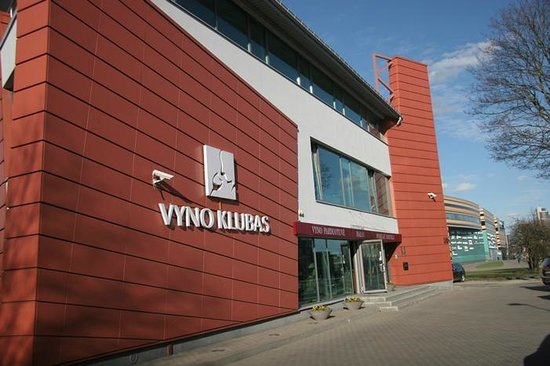 Vyno Klubas: We are welcoming you at day