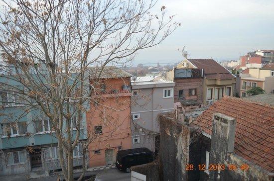 Blue Istanbul Hotel : Vista al mar desde la suite