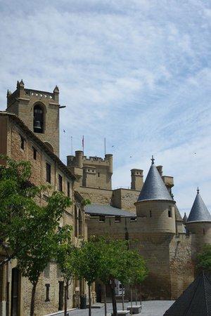Palacio Real de Olite: Замок королей Наваррских