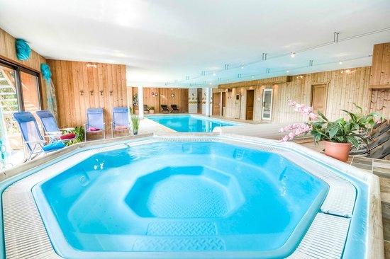 Le Tyrol : spa et piscine du Tyrol à La Rosière