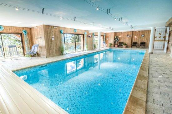 piscine chalet le Tyrol en Savoie