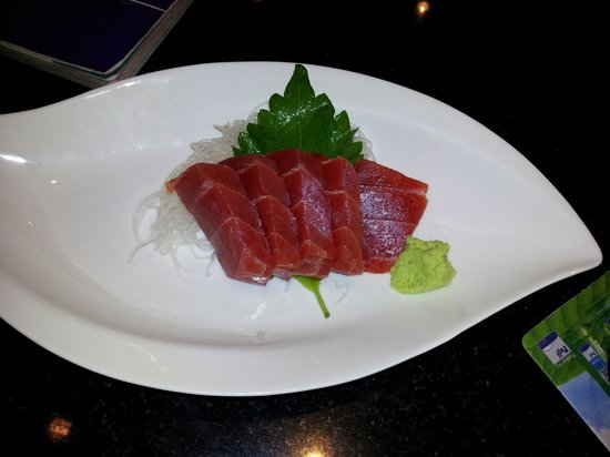 Fuji Japanese Restaurant - Jungceylon Patong: TUNA - this is Quality