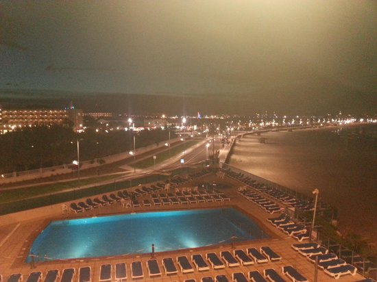 Golden Donaire Beach Hotel: view from room at night