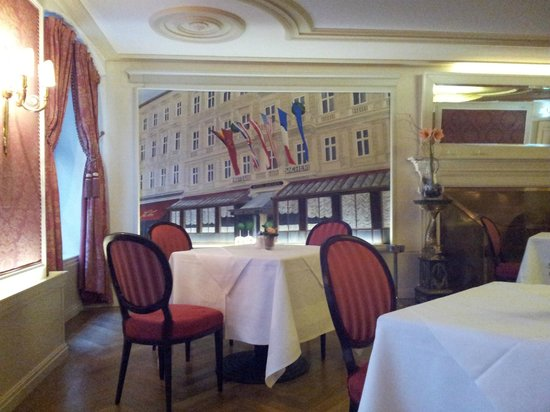 Café-Restaurant Sacher Innsbruck: Sala da pranzo