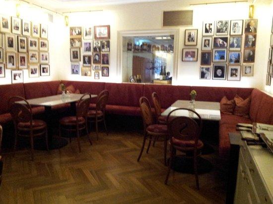 Café-Restaurant Sacher Innsbruck: Bar