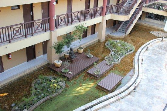 Promenade Angra dos Reis - TEMPORARILY CLOSED : Внутренний двор