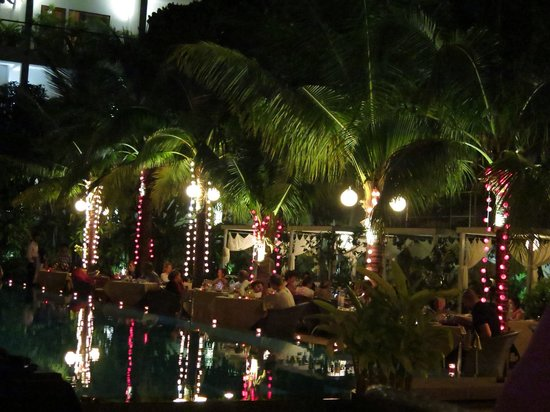 Plantation - urban resort & spa: New Year's Eve dinner by the pool