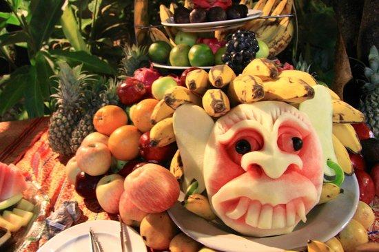 Sheraton Senggigi Beach Resort: Creative chefs can do amazing things with a watermelon.