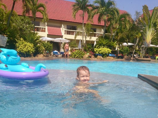Ban Nam Mao Resort: kid's pool with jacuzzy