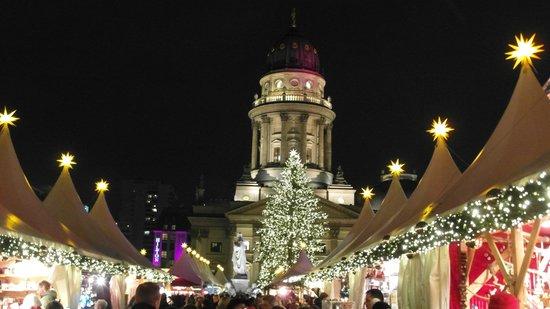 Hilton Berlin: Weihnachtsmarkt Stadtmitte