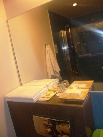 Hotel Euroopa: Ванная