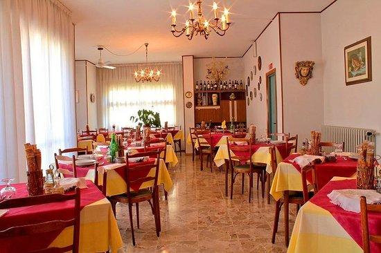 Hotel Saturno: Sala da pranzo